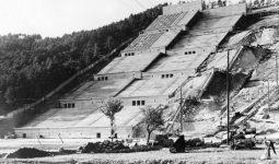 Nazilerin Kurduğu Büyük Stadyum