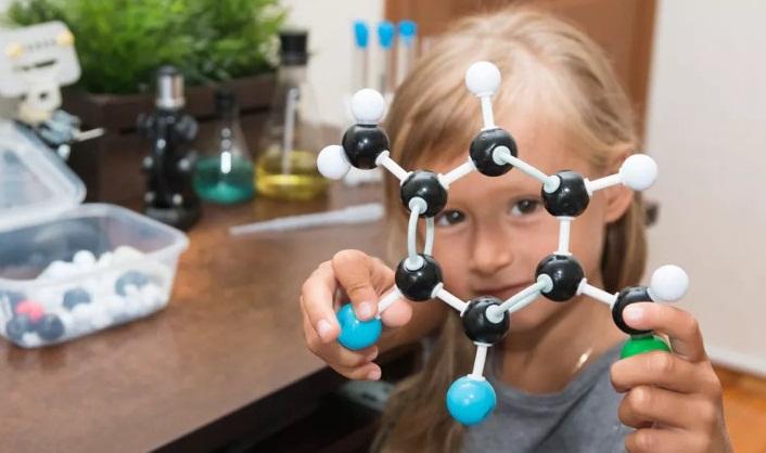 Moleküllerden Yapılan Nedir?