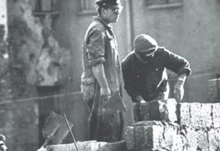Berlin Duvarını Kimler Nasıl Yıktılar?